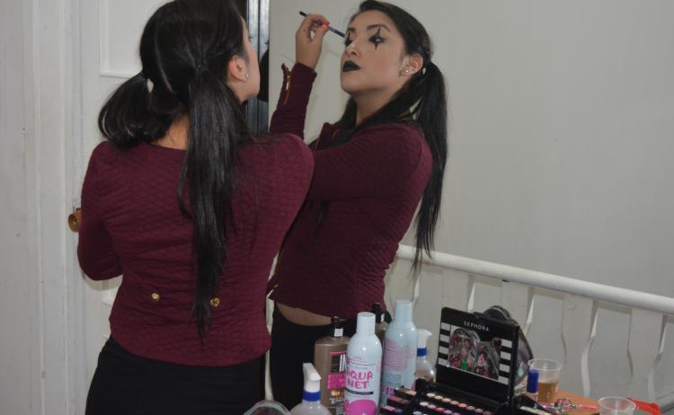 estudio-webcam-bogota-maquillaje